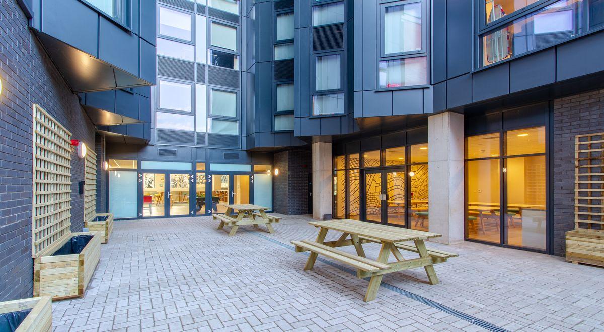 Courtyard Straits Manor Student Accommodation Sheffield
