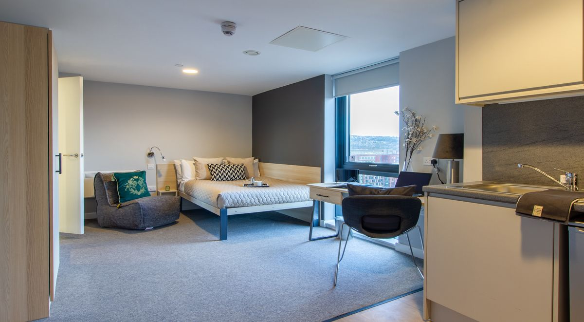 Deluxe Studio Straits Manor Student Accommodation Sheffield