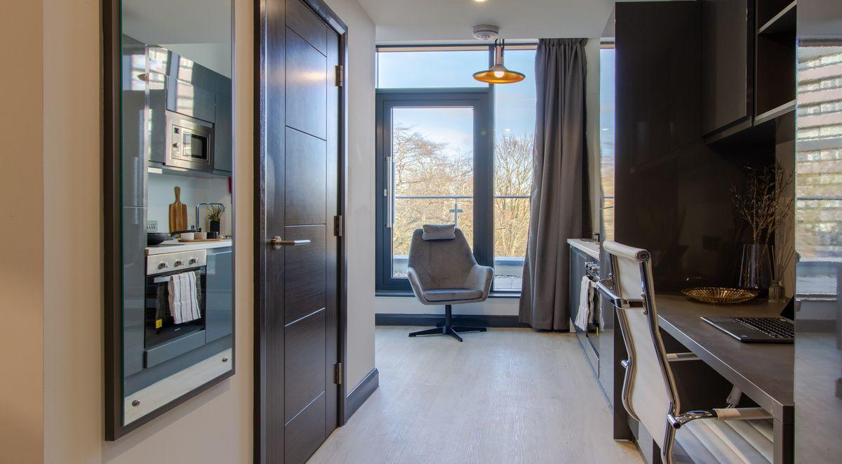 The Residence Premium Balcony Coventry