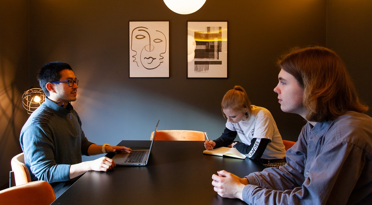 Students Accommodation Leeds Study Room