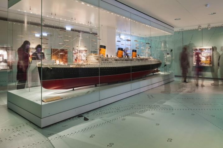 Image of a model of Titanic