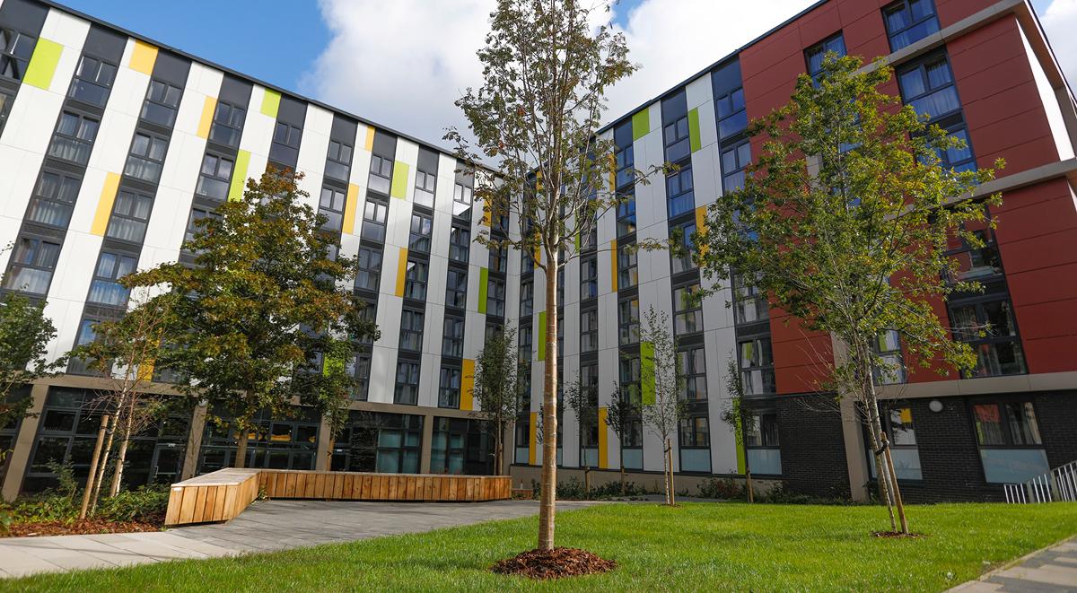Courtyard Havannah House Glasgow