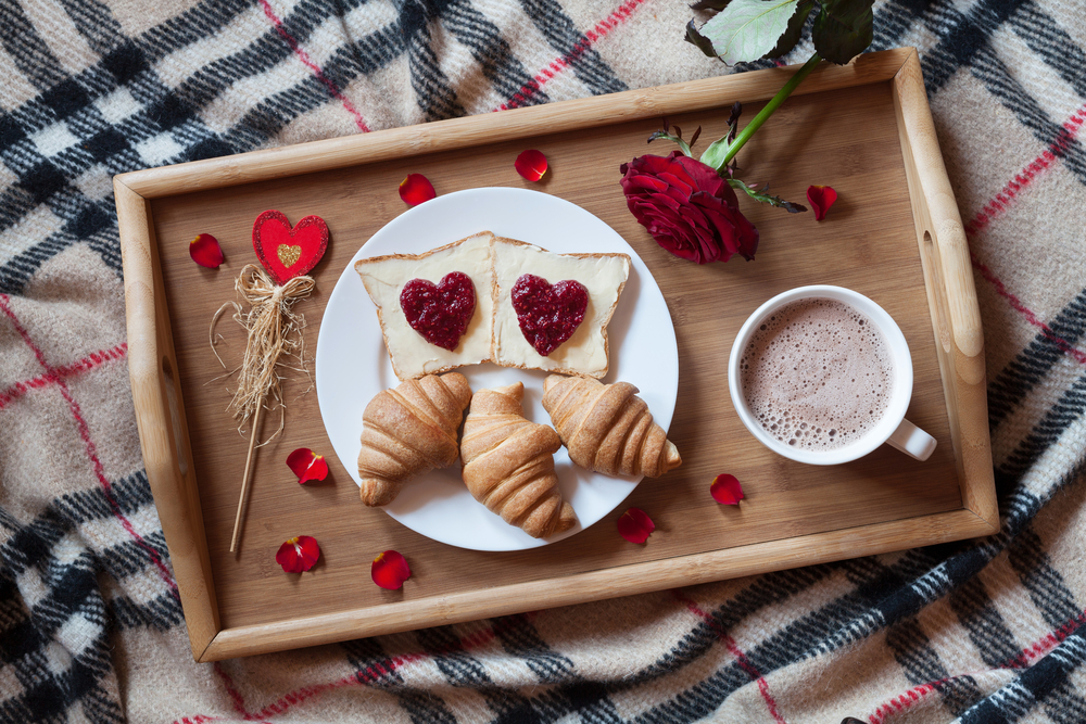 make a valentine's day breakfast