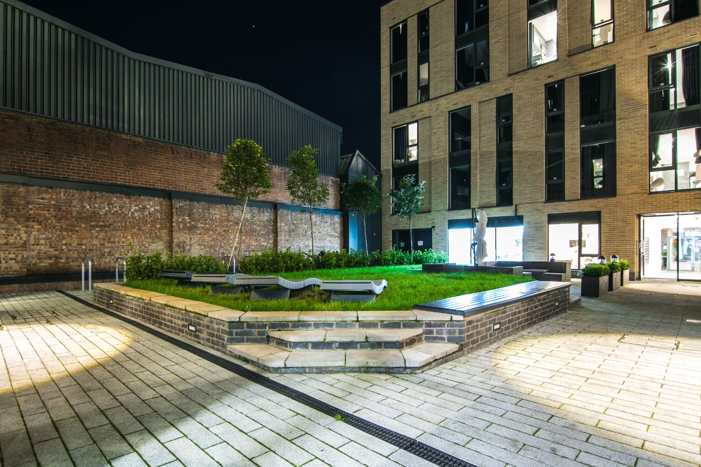 33 Parkside student accommodation courtyard