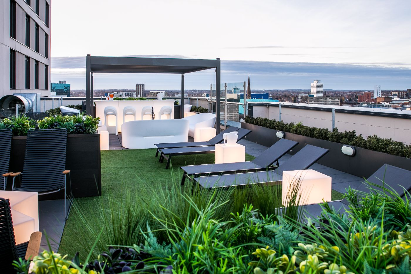 33 Parkside student accommodation roof terrace 2