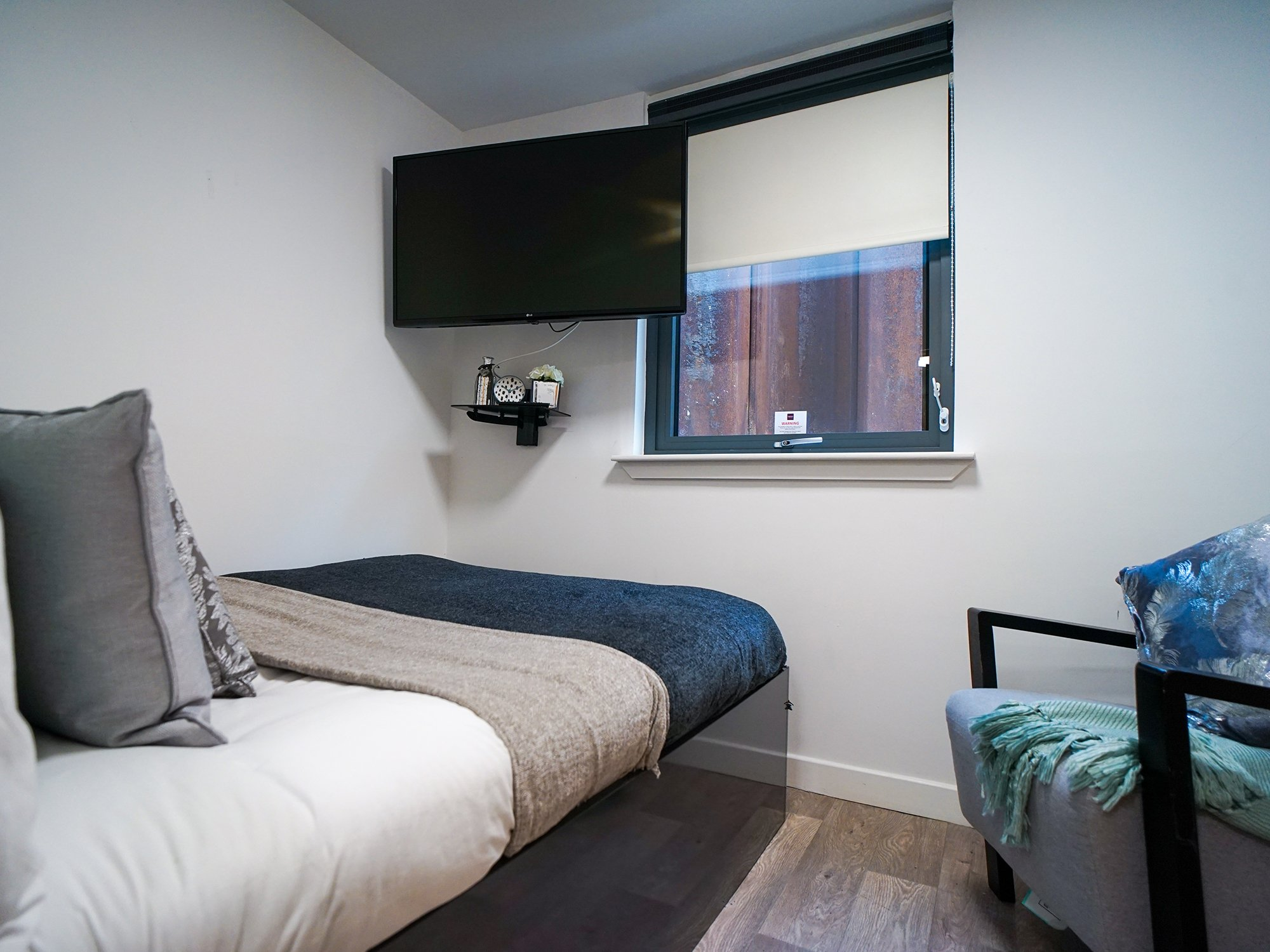 student-accommodation-edinburgh-goods-corner-standard-studio-plus (5)