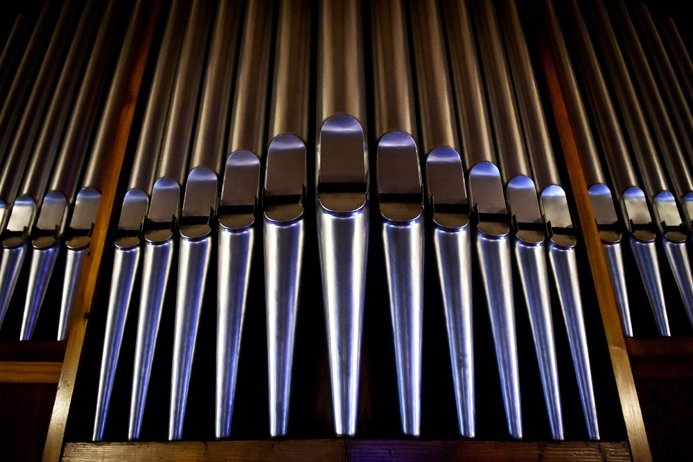 lunchtime organ music